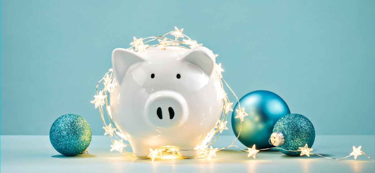 Christmas piggie bank. Christmas gifts on a budget