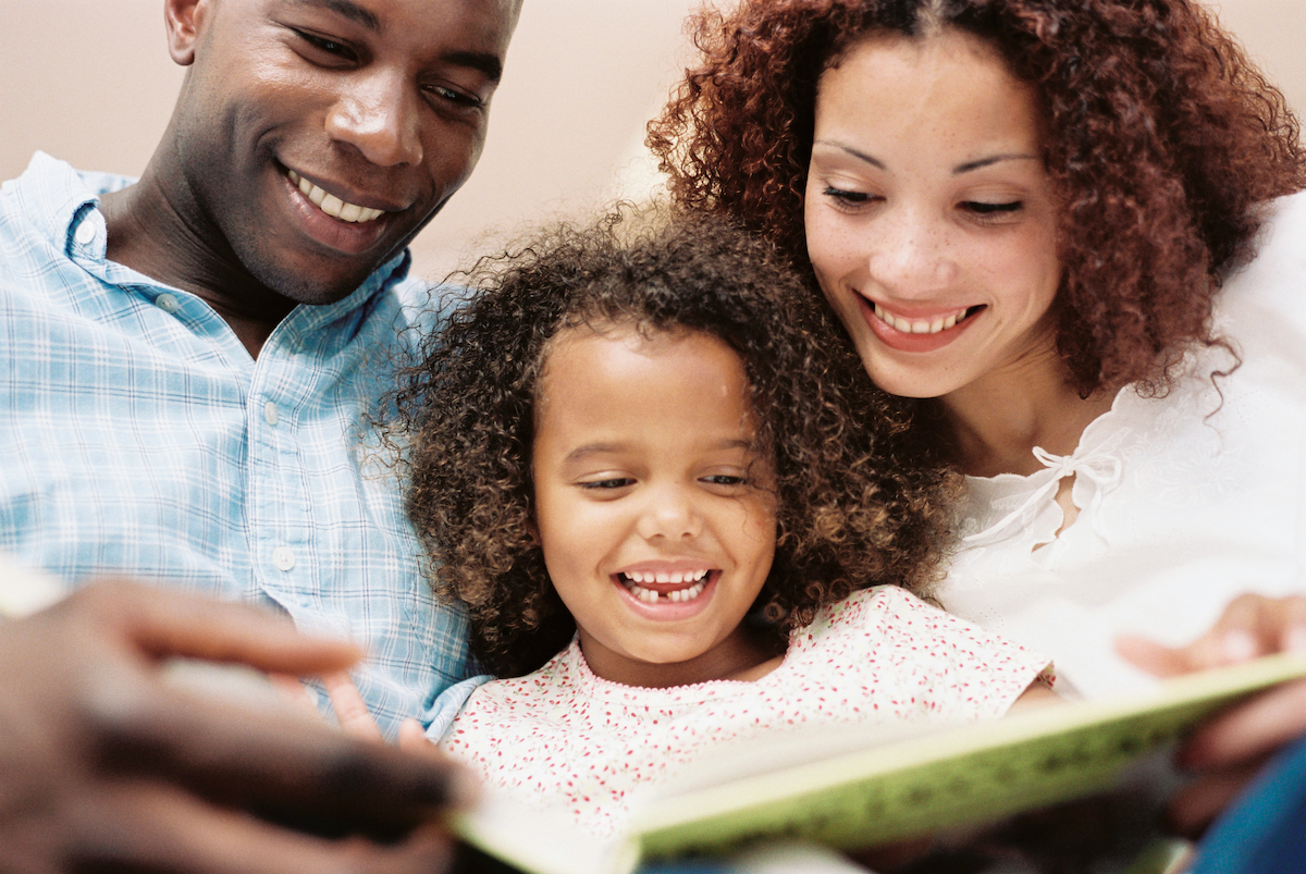 reading aloud Thanksgiving books with your family