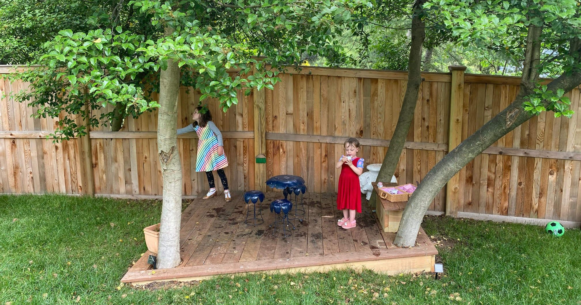 outdoor play space - interview with Leigh Dameron