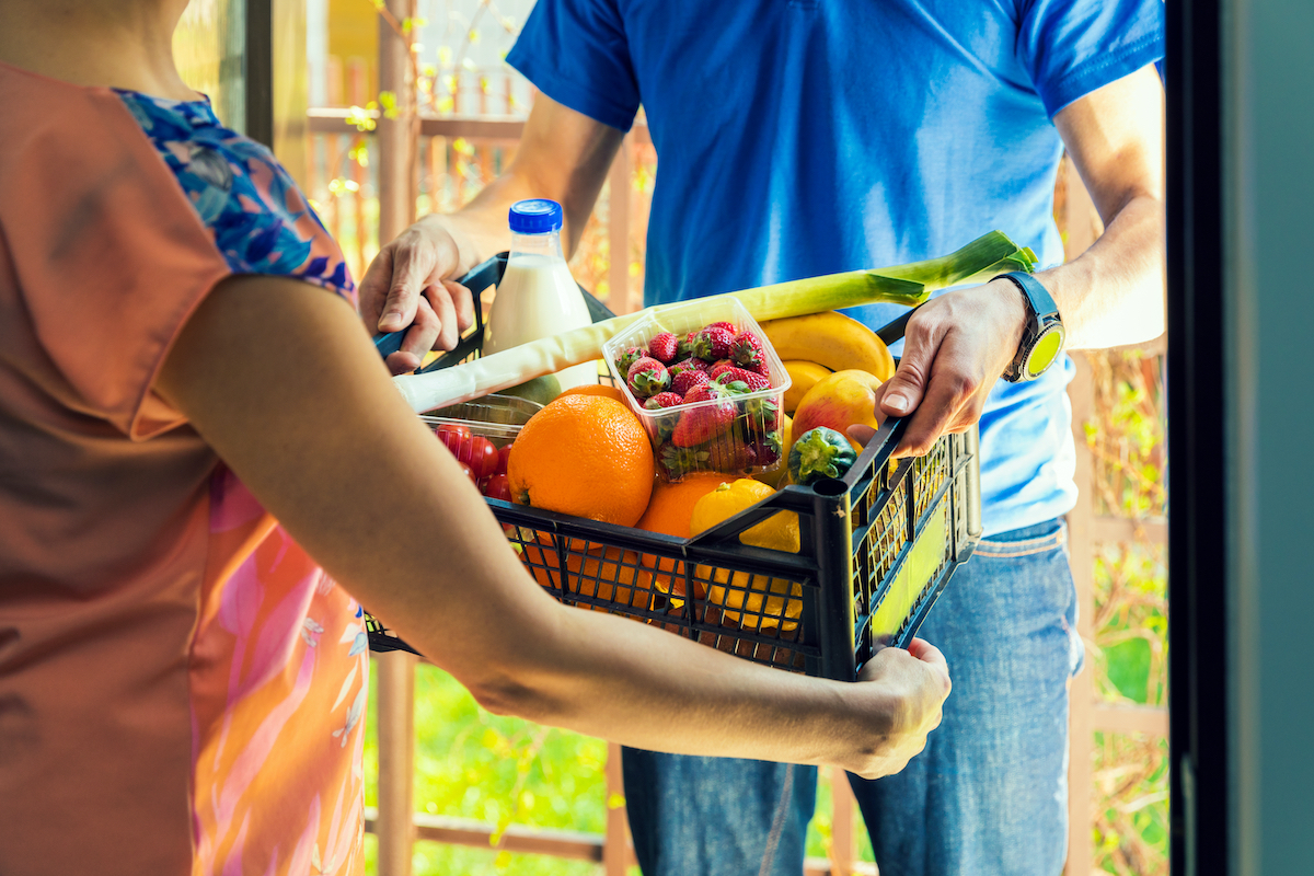 grocery delivery and pick up service