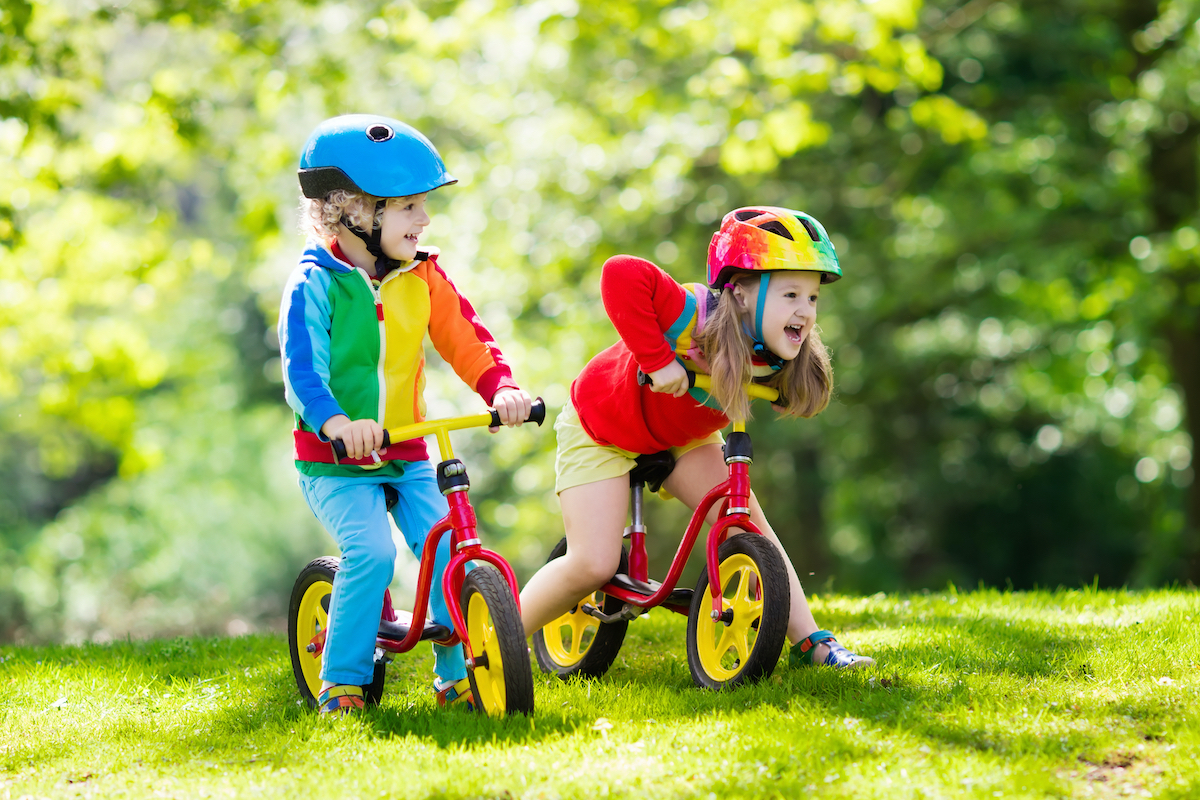 kids learn to ride a bike