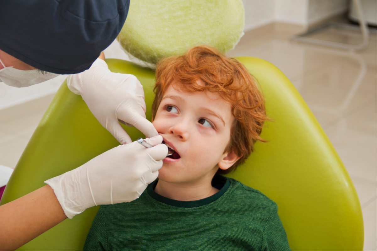 kid with fear of the dentist
