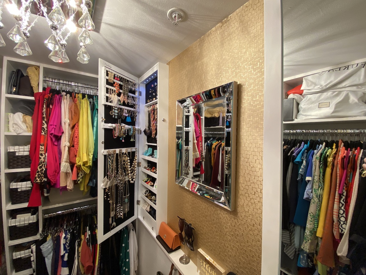 Master Bedroom Closet Organization Tips To Declutter Familyapp