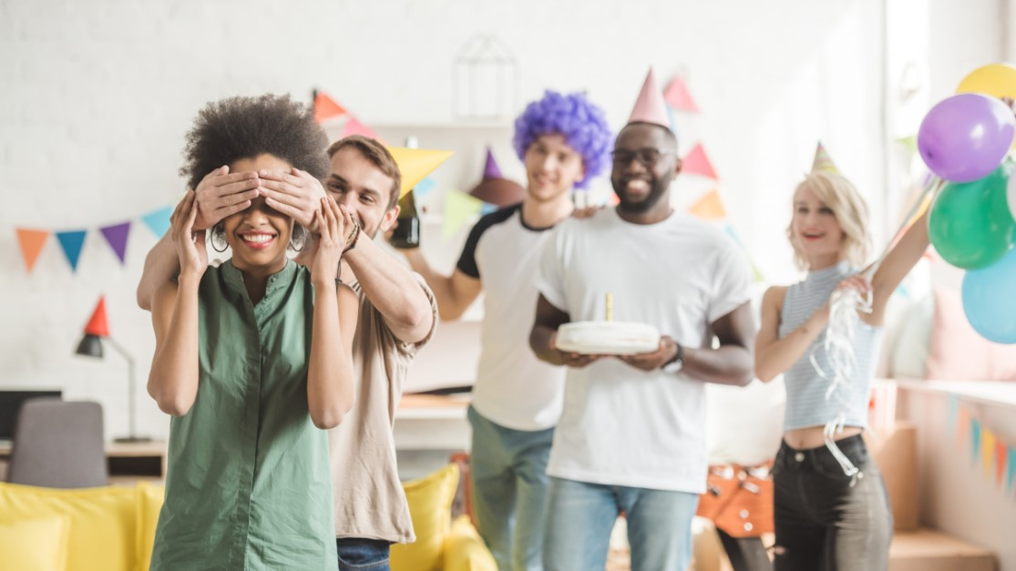 Surprise Party Tips and Checklist